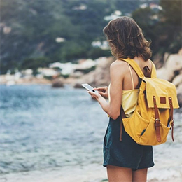 Traveller-girl-with-backpack